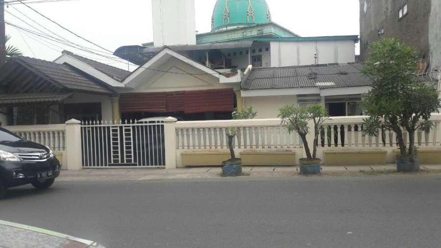 rumah multi usaha di jalan raya utama perumnas 1 karawaci tangerang
